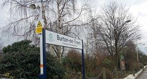 Burton_railway_station