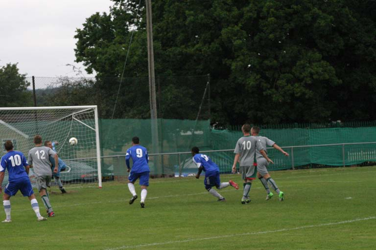 A well taken free kick brings the score back to 2-1.