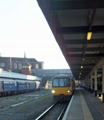 FGW_train_at_exeter_central